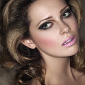 010-Kate-Johns-Make-up-Artist-Blonde-Pink-Lips-beauty1