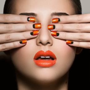 041-Kate-Johns-Make-up-Artist-Gold-Moon-Nails-beauty