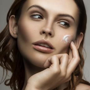 049-Kate-Johns-Make-up-Artist-Moisturiser-beauty